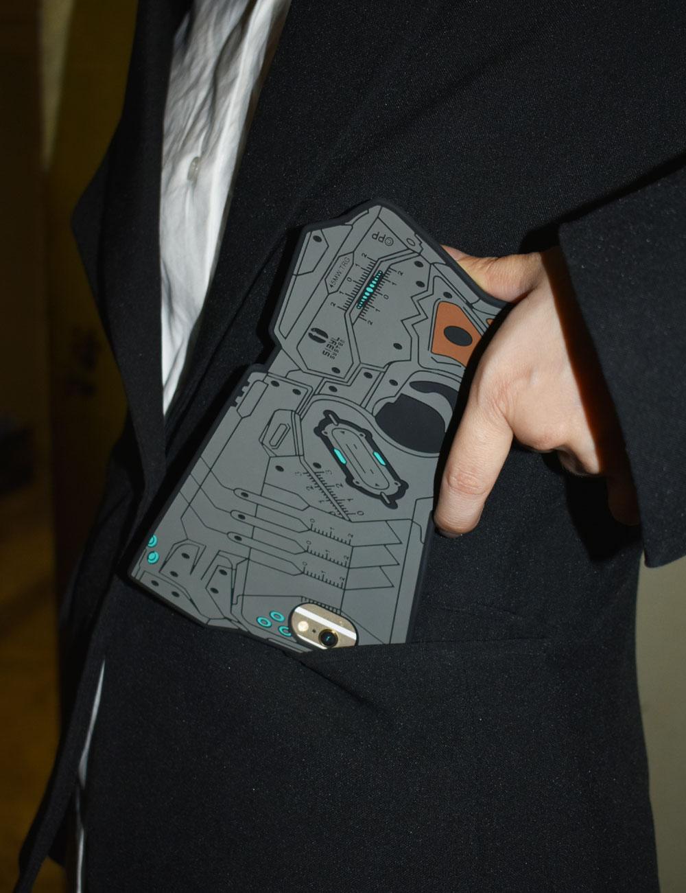 PSYCHO-PASS サイコパス ドミネーター型iPhoneカバー