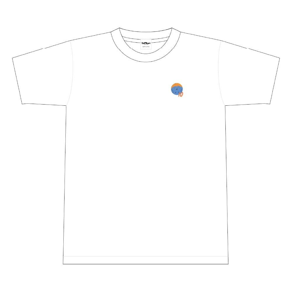 ハイキュー!! TO THE TOP ビーチボール風ワンポイント刺繍Tシャツ 文房具カフェコラボ <日向> Mサイズ